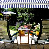 �2.0m Toldo de Cofre Manual, de Color Marfil