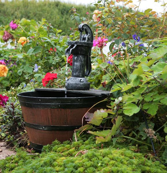 Fuente de agua solar barril - Fuentes solares para jardin ...