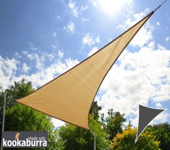 Toldo Vela Económico Kookaburra® Color Arena Triangular 4.2mx4.2mx6.0m (Transpirable 185g)
