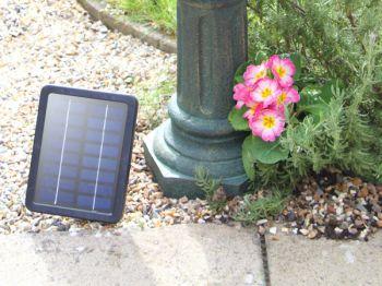 Fuente bebedero solar para p jaros dunmore 72cm de solaray - Fuente para pajaros ...